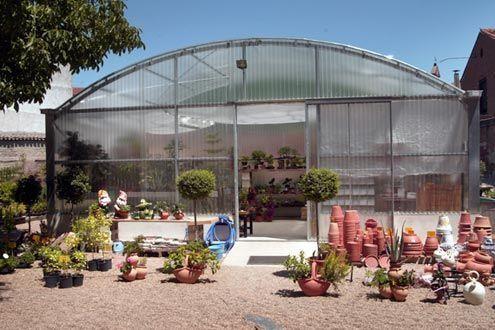 Invernadero con policarbonato Fiberlux F6 en Centro de Jardinería