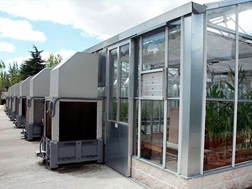 Cooling system mediante enfriadores evaporativos autónomos. Campo de Prácticas de la Escuela Técnica Superior de Ingenieros Agrónomos