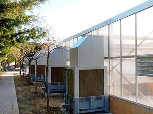 Cooling system mediante enfriadores evaporativos autónomos. Jardín Botánico de la Universidad Complutense de Madrid