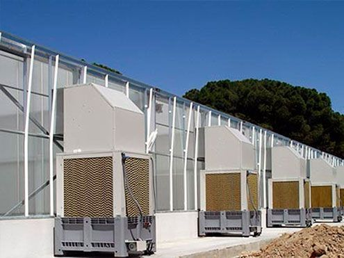 Cooling system mediante enfriadores evaporativos autónomos. CBGP Campus de Montegancedo de la UPM