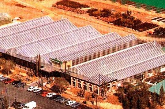 Montaje de invernaderos de gama alta para Centro de Jardinería. Sistemas D.R.