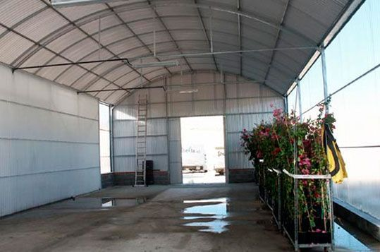 Invernaderos adaptados para uso de muelles y hangares. Sistemas D.R.